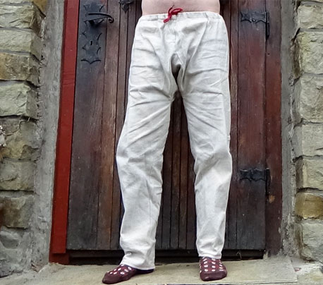 kalhoty-jednodussi_s_vystuzi_rozkroku-ukazka-lnene